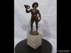 1639 Siklódy Lőrinc bronz cserkészfiú 1926