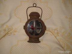 Antik vasutas petróleum lámpa