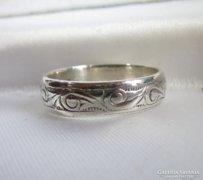 Régi ezüst gyűrű vésett minta 54-es