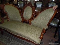 Barokk kis kanapé eladó
