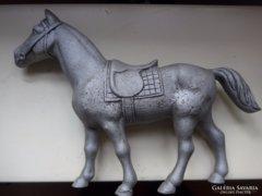 Ló szobor, spiáter