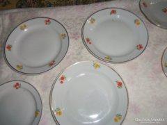 Zsolnay tányérok, hiánypótlásra.