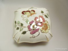 Zsolnay Porcelán Pillangó mintásBonbonier (Gy-BI 21655)