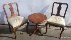 Neobarokk kézi gobelin szék, kis asztal.