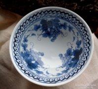 Keleti jelzésű porcelán tálka