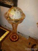 Antik jellegű földgömb