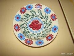 Régi sorszámozott festett tányér eladó