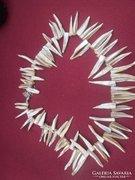 Dél-Afrikai kagyló héjából készült gyönyörű nyaklánc