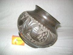 Fekete kerámia váza