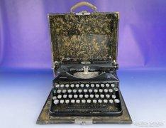 0E850 Antik TRIUMPH írógép