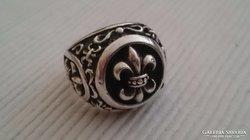 Ezüst gyűrű liliomos cserkész gyűrű. Súlyos és impozáns db.