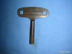 Falióra kulcs