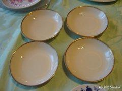 Csont színű kis tányérkák desszertes 4 darab