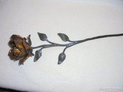 Fém rózsa