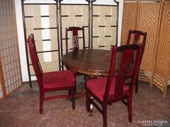 Étkező asztal 4 db kárpitozott magastámlás székkel eladó!