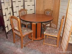 Étkező asztal, nyitható, 4 db  székkel eladó!