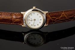 Új, nem használt luxus svájci női óra. ETA 955.114