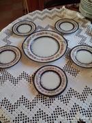 Antik süteményes porcelán készlet porc.gyöngysorral a szélén
