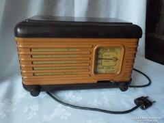 Régi orosz MOSZKVICS rádió