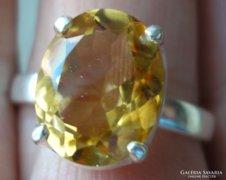 925 ezüst gyűrű, 19,1/60 mm, fazettált citrinnel