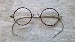 Régi okuláré szemüveg