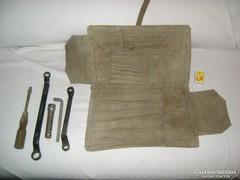 Orosz teherautó szerszámos táska, szerszámok
