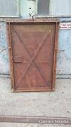 Antik vas ajtó