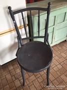 Szürke, thonett-típusú szék eladó
