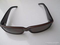 Eredeti OXIGO napszemüveg uraknak, szép állapotban