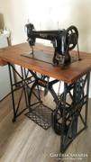 Pfaff varrógép a XX.század elejéről