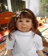 Csodálatosan élethű szilikon testű művész baba valódi hajjal
