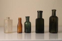 5 db különféle antik kis üveg