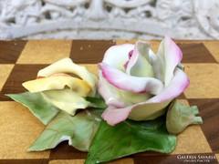 Gyönyörű Aquincumi Porcelán Rózsák