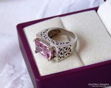 Gyönyörű ezüst gyűrű áttört mintával - ritka szép darab