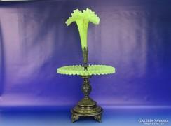 0H157 Antik asztalközép kínáló fodros üveggel