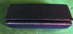 Bordó,23 x 11 cm színházi táska, bordó