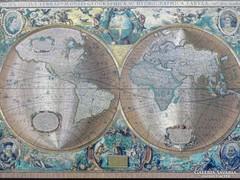 0F914 Retro arany világtérkép keretben