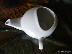 Betegitató porcelán csésze