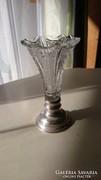 Ezüst talpas kristály vázácska