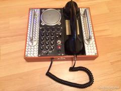 Régi telefon eladó