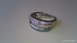 Ezüst gyűrű 3 színű cirkonkövekkel diszitve