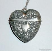 Antik szív alakú szelence