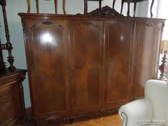 Antik barokk ruhásszekrény eladó