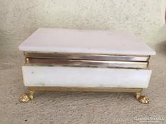 Márvány ékszertartó aranyozott lábakkal, marble jewelry box