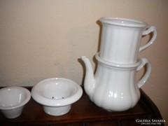 4 db-os antik vastag porcelán készlet( kancsó+szűrők)