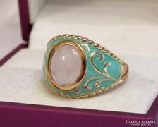 Gyönyörű ezüst gyűrű rózsakvarccal, zománcozva, aranyozva