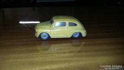 Régi játék autó