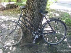 Granat régi kerékpár, bicikli