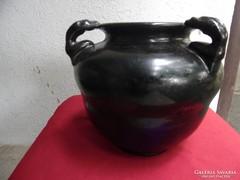 Váza nagyon régi talán csorgatott Zolnay kisérleti darab