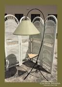 Különleges,retro állólámpa,kis asztalka résszel